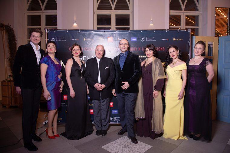 Arena Moscow Night открыла второй сезон в «Царицыно», объединив оперу и оперетту